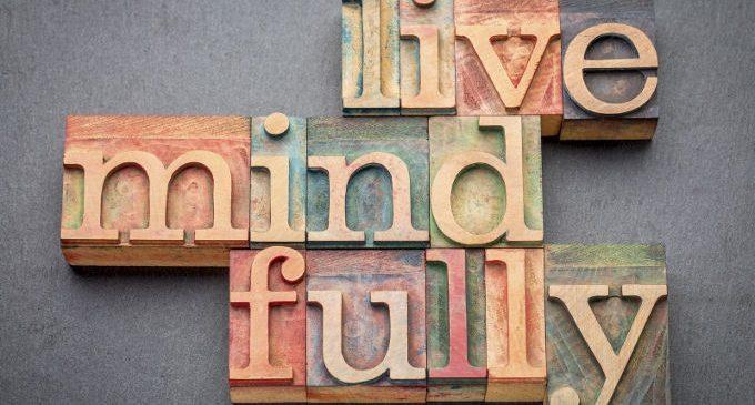 Mindfulness e atteggiamento mindful: un aiuto per seguire abitudini di vita più salutari