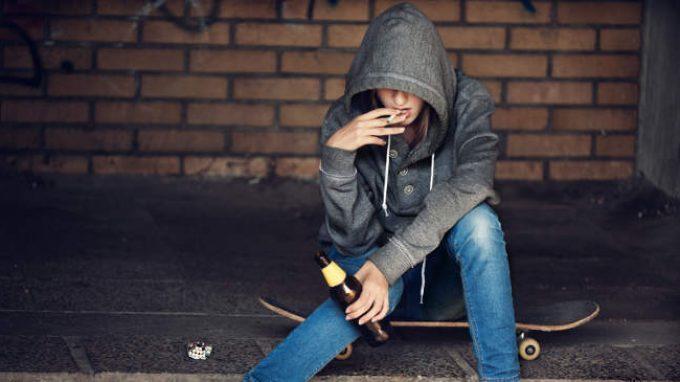 Disturbo esplosivo intermittente (IED) e l'abuso di sostanze