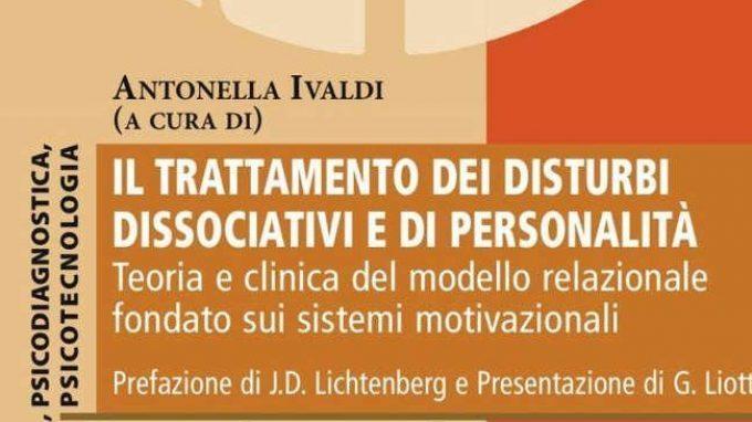 Il trattamento dei disturbi dissociativi e di personalità (2016) – Recensione del libro