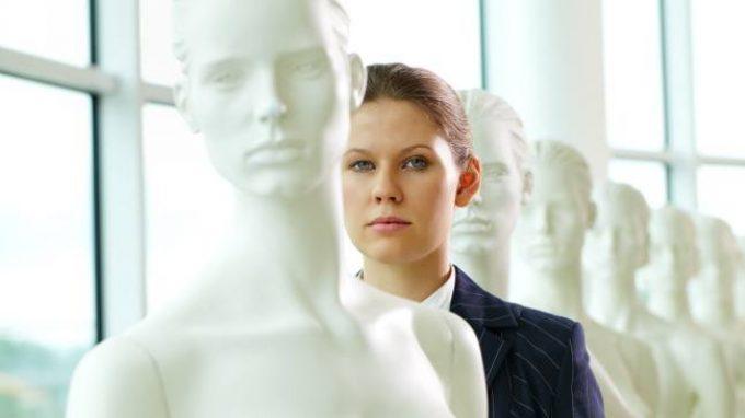 Più umano di te…o solo migliore: come funziona il processo di auto-umanizzazione?