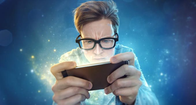 Nuove dipendenze: il sottile limite tra dipendenza da gioco d'azzardo e dipendenza da giochi per smartphone