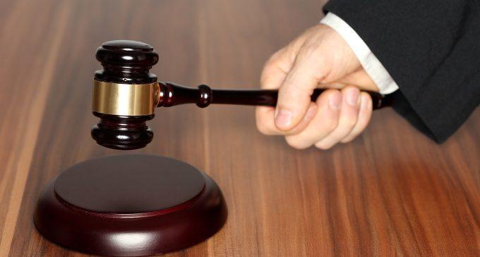 Il processo decisionale in Tribunale: cosa guida il ragionamento del giudice?