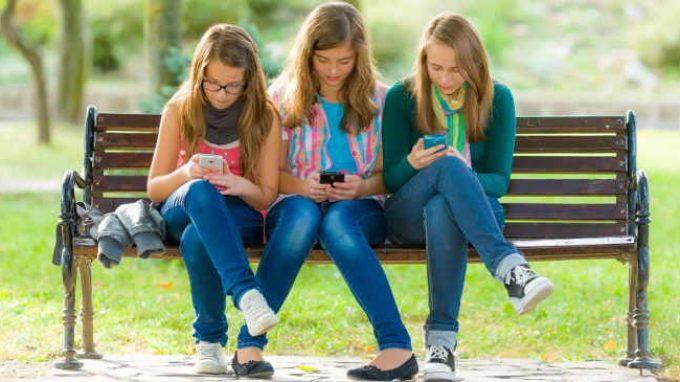 Tecnologia digitale nelle nostre vite: tra rischi e opportunità