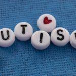 Famiglie di bambini autistici come il disturbo dei figli impatta sullo stress genitoriale