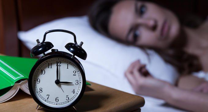 Dormire poco fa male al cervello e si rischia l'Alzheimer