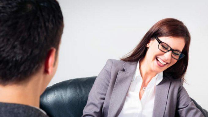 Umorismo e psicoterapia: la funzione e i benefici dell'umorismo