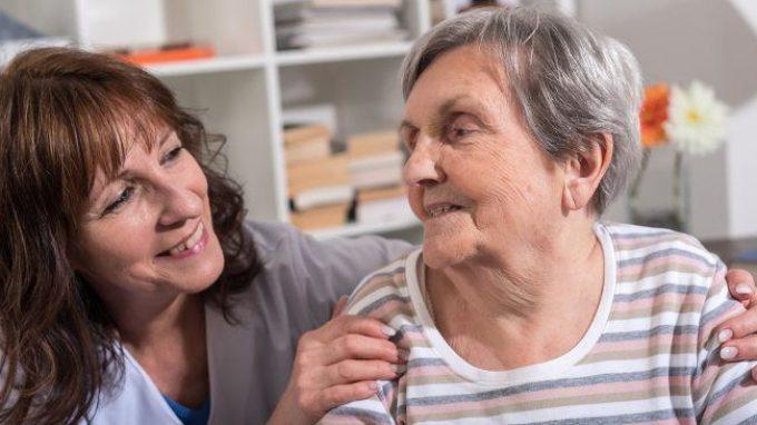 Alzheimer e benessere psicologico: gli interventi non farmacologici