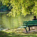 Legame tra uomo e natura: vivere vicino al verde migliora la vita