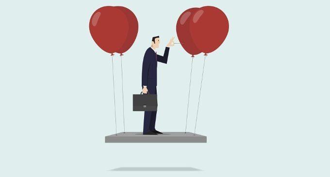Perché il successo ci spaventa? L'auto-sabotaggio come strategia difensiva