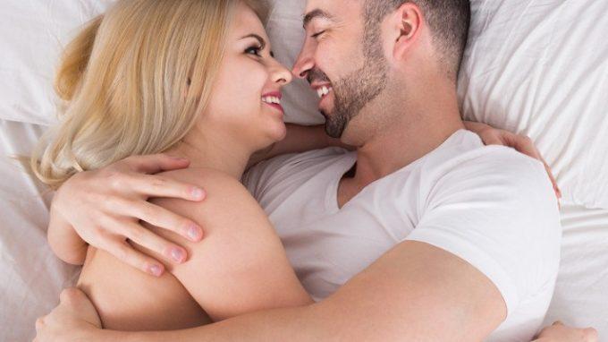 Il sesso inizia dall'attenzione verso il partner: ritrovare il desiderio sessuale nelle relazioni di lunga data
