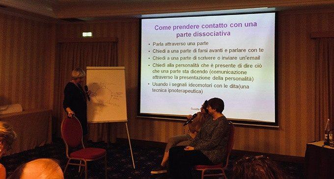 Role playing - Suzette Boon & Kathy Stele - La cura della dissociazione traumatica – Milano 2018