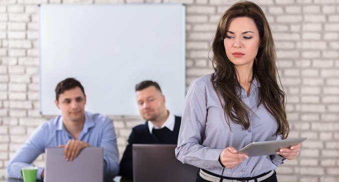 Un videogioco che aiuta a riflettere sulle molestie sessuali sul luogo di lavoro