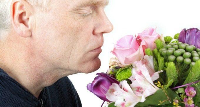 Depressione: persino i profumi non sono più gli stessi – Correlazioni tra sintomi depressivi e capacità olfattive