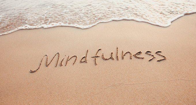 Jon Kabat-Zinn, scopriamo la Mindfulness – Introduzione alla Psicologia
