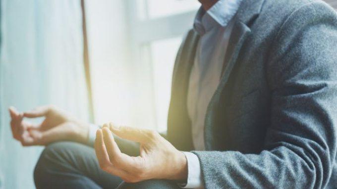 Yoga e ritmo di respirazione: perchè aiutano a gestire ansia e paura