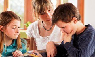 Rendimento scolastico: il modo in cui i genitori aiutano i figli può portare non solo ad aspetti positivi ma anche negativi
