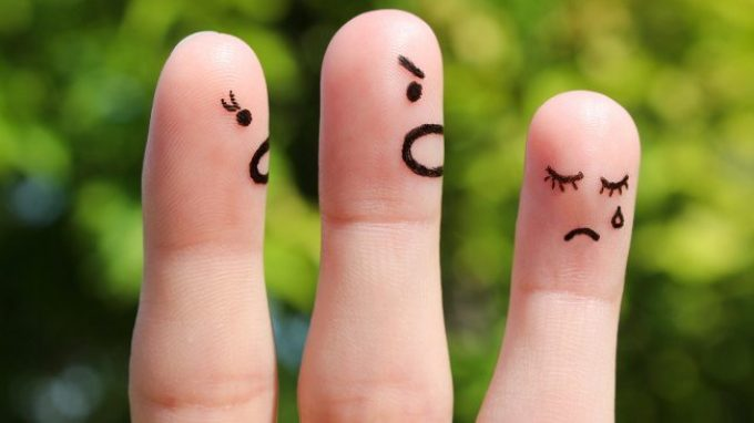 Genitori critici: il cervello dei bambini risponde diversamente agli stimoli emotivi