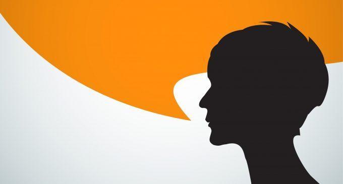 Parlare da soli: follia? No, stimolo cognitivo