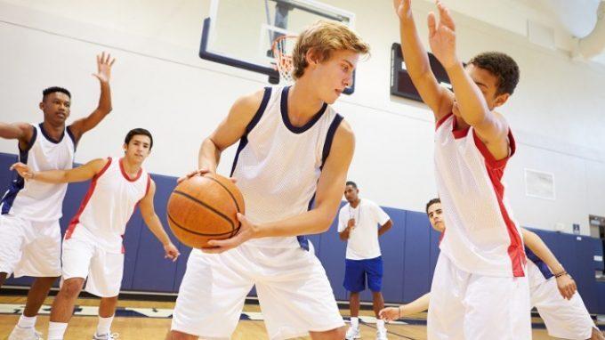 Il conformismo in squadra: come i rapporti che si creano in un team sportivo influenzano il comportamento dei singoli atleti