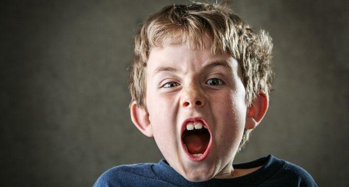 ADHD a scuola: l'utilizzo delle pagelle giornaliere per ridurre la procrastinazione e aumentare l'autostima