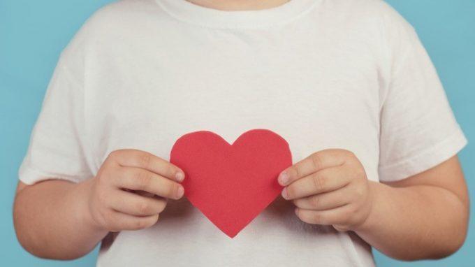 Altruismo nei bambini: la sensibilità ai volti che esprimono paura sarebbe predittore di comportamenti prosociali