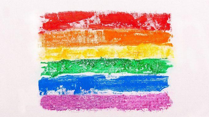 Il pregiudizio omofobico come fonte di malessere per gay e lesbiche: cosa dice la scienza?