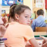 Bullismo a scuola: i fattori che spingono gli spettatori a fermare il bullo