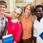 Pregiudizio etnico in adolescenza: l'influenza dell'ambiente sociale