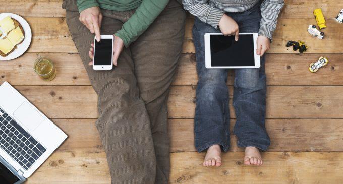 Violenza in TV e nei social: è un fattore di rischio per lo sviluppo dell'aggressività negli adolescenti?