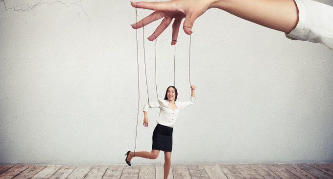 Persuasione: condizionare gli altri per raggiungere i propri scopi – Introduzione alla Psicologia