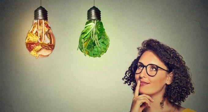 Cibi grassi e cibi magri: il modo in cui processiamo il cibo modifica la nostra motivazione a consumarlo