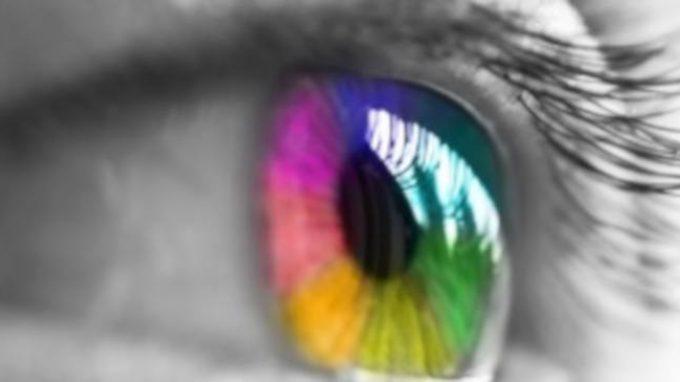 """Un """"occhio"""" attento ai segnali precoci della schizofrenia e dei disturbi neurologici"""