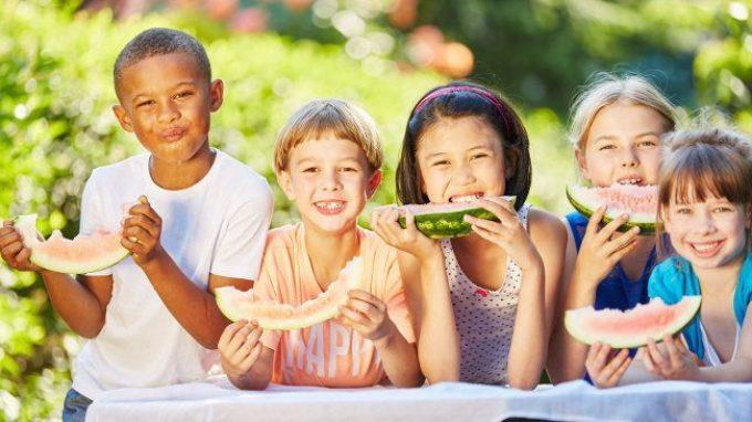 Le abilità cognitive sono affamate: gli effetti dell'insicurezza alimentare nell'infanzia e nella prima adolescenza