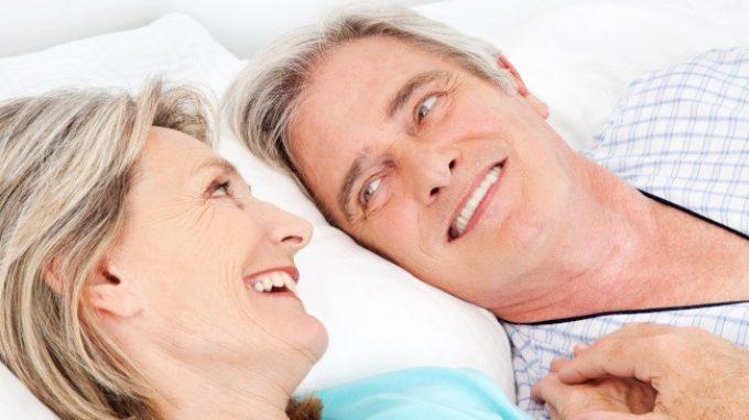 Essere sessualmente soddisfatti da anziani è importante per la salute