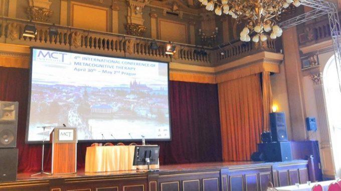 4th International Conference of Metacognitive Therapy – Prima giornata – Keynote del prof. Costas Papageorgiou sull'intervento MCT di gruppo per il Disturbo Ossessivo Compulsivo