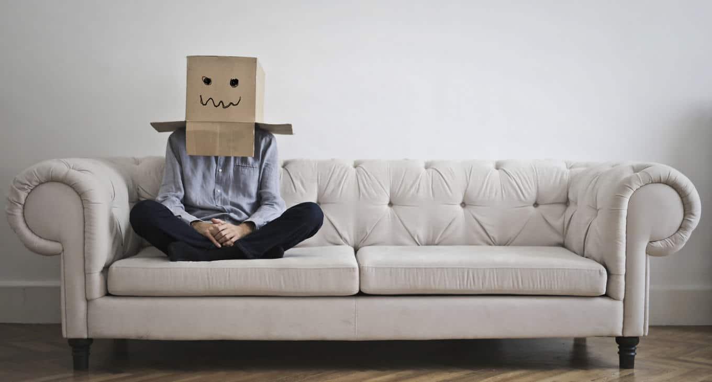 Timidezza: caratteristiche e differenze rispetto all'ansia sociale