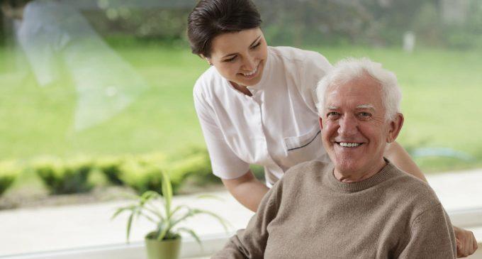 L'anziano istituzionalizzato: il vissuto psicologico e l'importanza di attività cognitive e relazionali