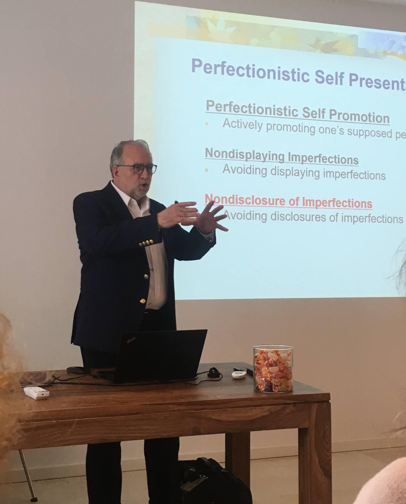 Report dal Workshop di Paul L. Hewitt sul perfezionismo ph 1