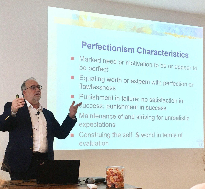 Report dal Workshop di Paul L. Hewitt sul perfezionismo ph2