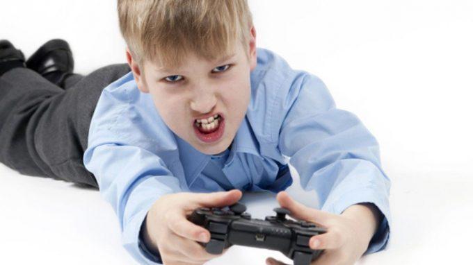 I videogiochi violenti sono correlati a comportamenti violenti?