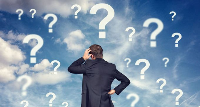 """Filosofi, sacerdoti o economisti? Perché ci vergogniamo di essere """"semplicemente"""" terapeuti?"""