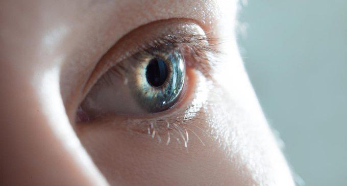 Sfidare la sinestesia! È possibile ricreare esperienze sinestetiche in soggetti non sinesteti?