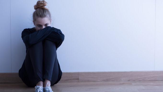 La relazione tra ansia sociale e strategie di regolazione emotiva negli adolescenti