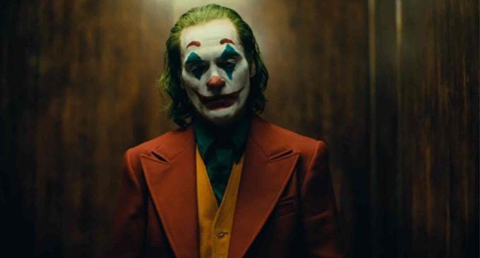 La risata perturbante, straziante ed assordante di Joker