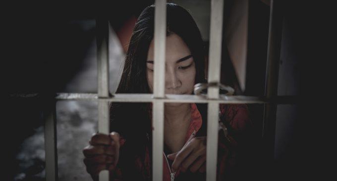 Terapia carceraria: l'uso delle lettere d'addio in psicoterapia nelle donne con condotte di autolesionismo