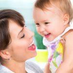 Educatrice e bambini al nido: l'importanza di un attaccamento sicuro