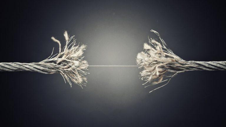 Empatia in psicoterapia: tra onnipotenza narcisistica e distanza dall'altro