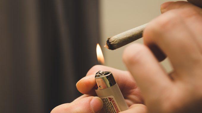 Sintomi depressivi e utilizzo di cannabis nei giovani adulti