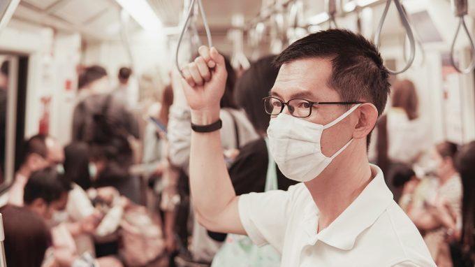 Come percepisco le mie emozioni quando indosso la mascherina: embodied cognition ed implicazioni terapeutiche