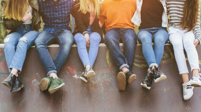 Differenze di genere nell'associazione tra vittimizzazione, depressione e comportamenti sessuali a rischio in un campione di studenti liceali